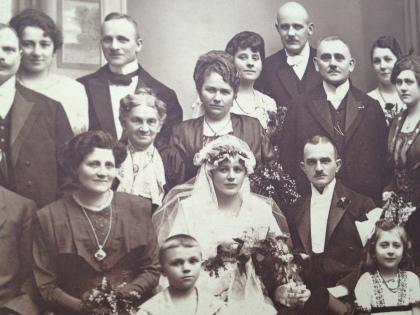 Hochzeit von Anna Marie Else Läge und Reinhold Bruno Schwedler am 3. Februar 1920 in Grünberg, Schlesien